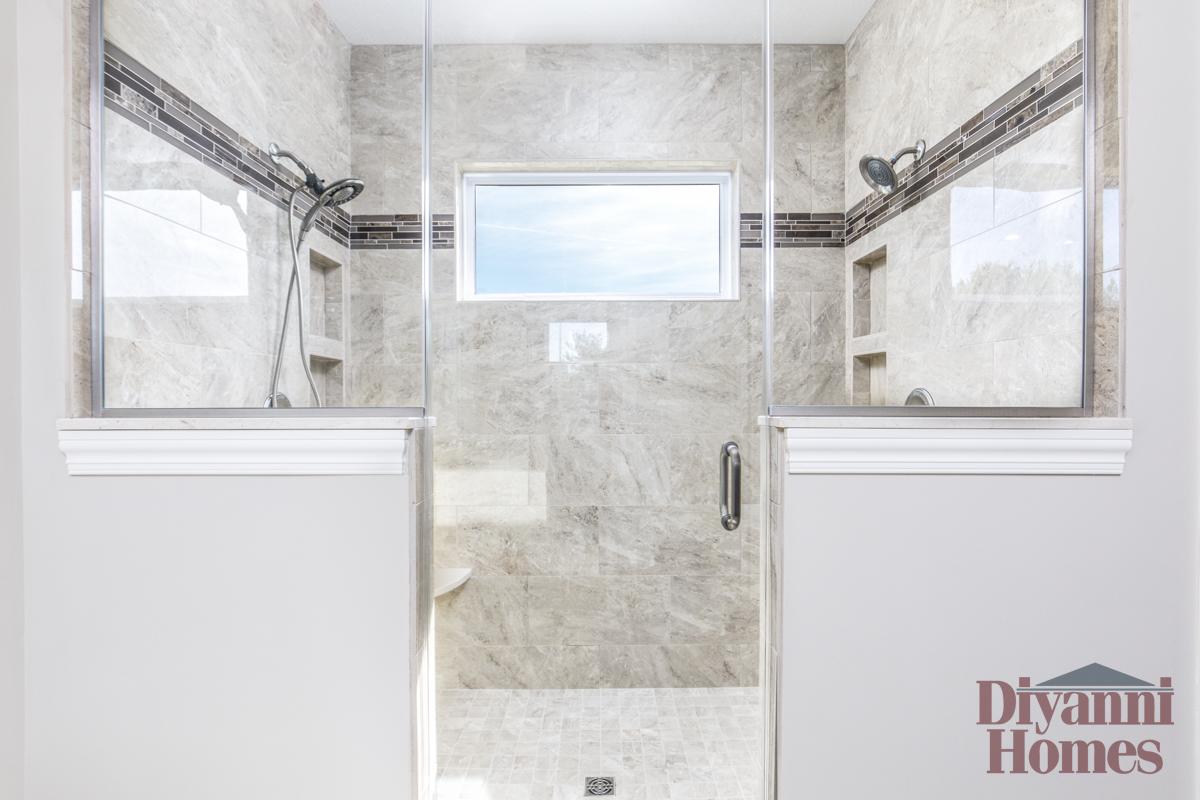 The Yorktown | Master Bathroom