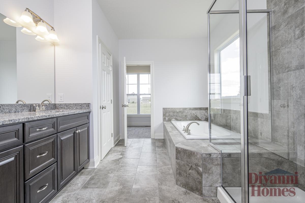 Newblossom | Master Bathroom